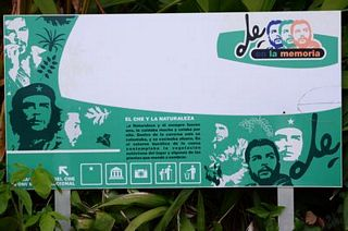 Che's Cave - sign
